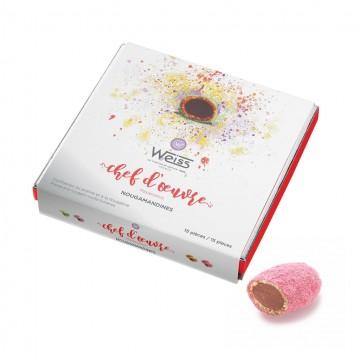 Nougamandines - Coffret chef d'œuvre fermé - Nougamandine coupée - Coffret cadeau chocolat - Chocolat à offrir