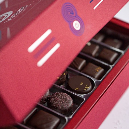 Capitaine - Coffret entre ouvert avec assortiment de chocolats - Coffret cadeau chocolat - Chocolat à offrir