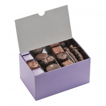 Ballotin de chocolat et praliné - Boîte ouverte avec assortiment de chocolats - Coffret cadeau chocolat - Chocolat à offrir