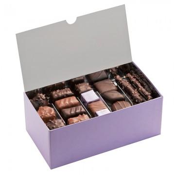 Ballotin de chocolat et praliné - Ballotin festif ouvert  - Chocolat à offrir